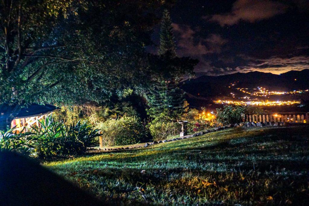 """nachts im """"Tal der Hunderjährigen"""" - Hosteria Izhcayluma"""